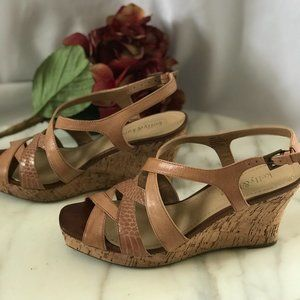 Kelly and Katie Women's Tan Wedge Sandals